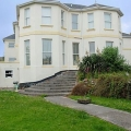 6 Carlton Manor